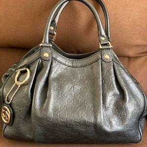 Gucci signature black leather tote